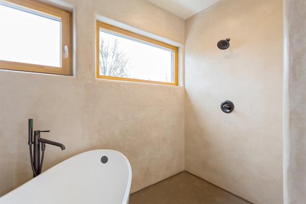 Bathroom With Tadelakt Plaster