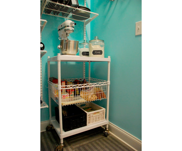 "Baking cart"" /></p> <p>When Dina feels a cookie-baking urge coming on, she only has to pull the cart into the <a href="