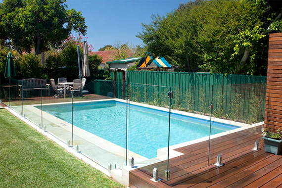 Pool fence safety child pool fence houselogic pool for Glass pool fences