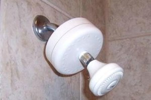 Low Flow Shower Head Features
