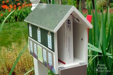 Mailbox that looks like house