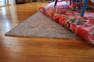 Non-toxic wool carpet pad