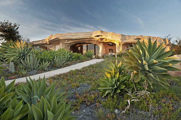 Dick Clark's Flinstone-style home in Malibu