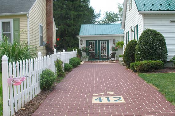Driveway Design : Americau0026#39;s 9 Coolest Driveways Ever : HouseLogic