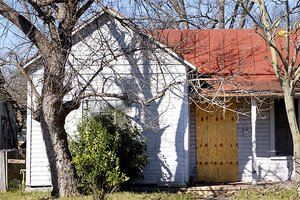 Fight Foreclosure In Community