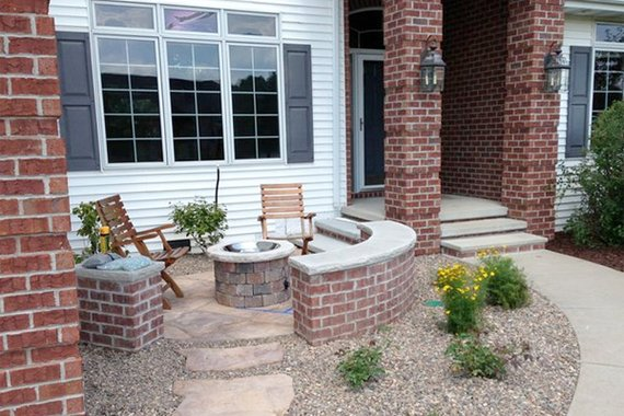 Front yard patio ideas small front yard patio ideas for Front porch patio ideas