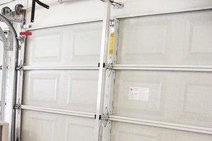 Hurricane proof your garage door hurricane resistant for Florida wind code for garage doors