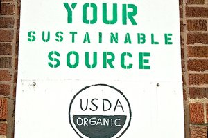 Organic label on homemade sign