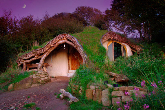 Round Hobbit Home in Wales | Hobbit Home Pictures