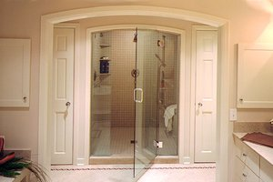 A steam shower in a bathroom