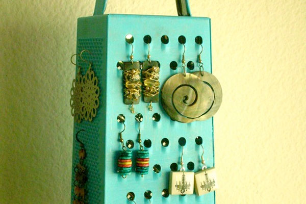 Cheese grater jewelry organizer
