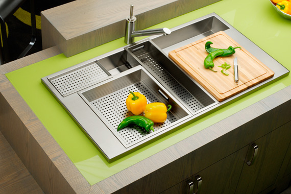 Stainless Sink with Accessories | Kitchen Sink Pictures