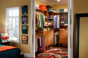 Bedroom Closet Designs on Bedroom Ideas On Master Closet Layout Organizing Your Master Closet