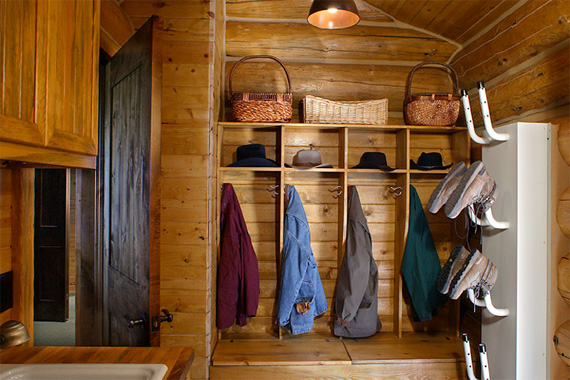 Mudroom Organization | Mud Room Designs | Organizing Entryway