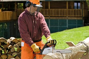 Landscaping tools buyers guide must have landscape tools for Gardening tools you must have