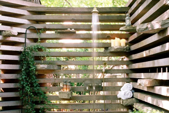 Outdoor Shower Ideas | 12 Refreshing Outdoor Showers