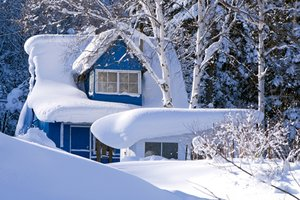 Snow on a home&#39;s roof
