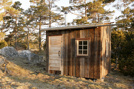 The Hermit's Cabin by Arvesund | Micro Houses