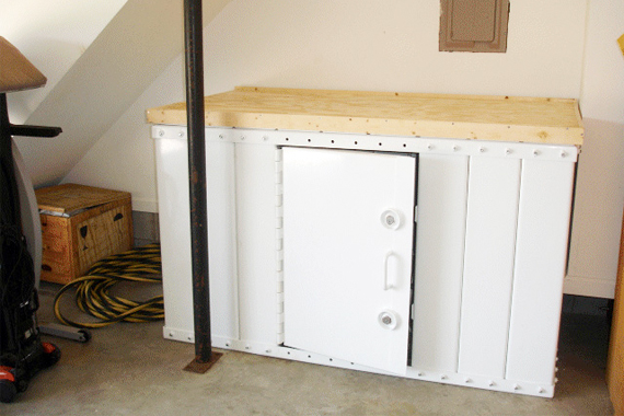 Storm cellar tornado safe room design ideas houselogic for Garage safe room