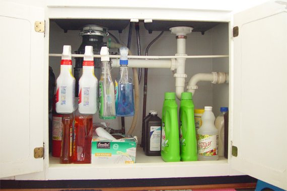 Clever Solutions for Under-Kitchen-Sink-Storage |