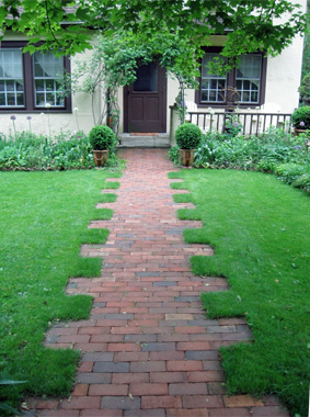 How creative walkways can boost your curb appeal - Walkway designs for homes ...