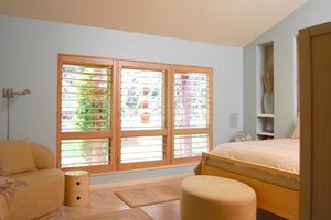 window energy efficiency save energy costs with window coverings. Black Bedroom Furniture Sets. Home Design Ideas