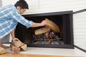 how to build wood fire