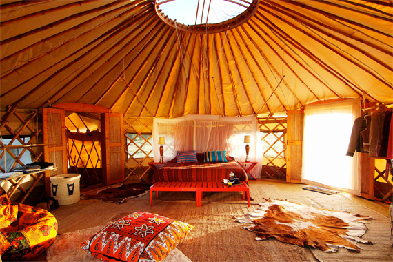 The Interior of a Bohemian Yurt | Yurt Houses