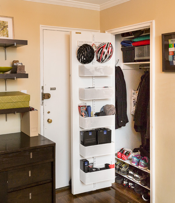 Storage solutions for small spaces home organizing ideas houselogic - Small spaces storage solutions image ...